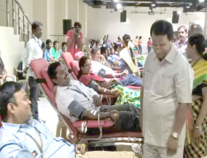 250 VITians Donate Blood