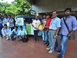 Good Samaritan from Coimbatore receives 'Unsung Hero Award...